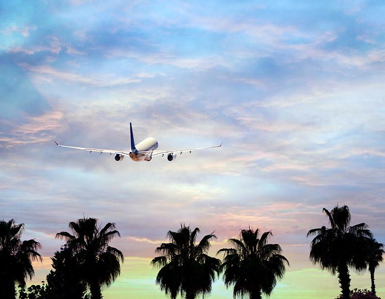 airplane-summer-vacation