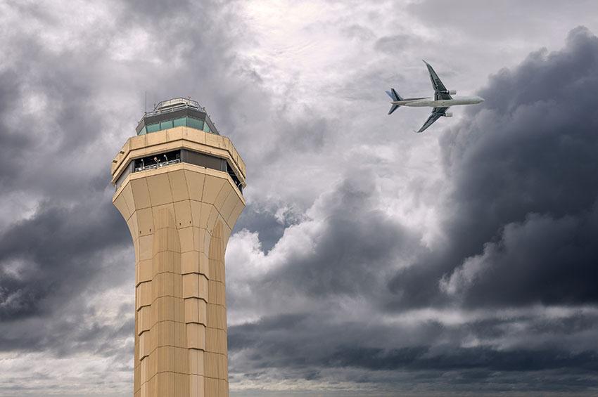 Miami-airplane-storm